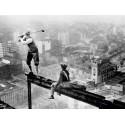 GOLFER TEEING OFF ON GIRDER HIGH ABOVE CITY, 1927
