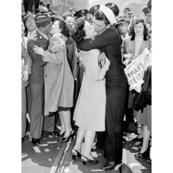 KISSING ON V-E DAY, 1945