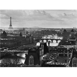 RIVER SEINE AND THE CITY OF PARIS